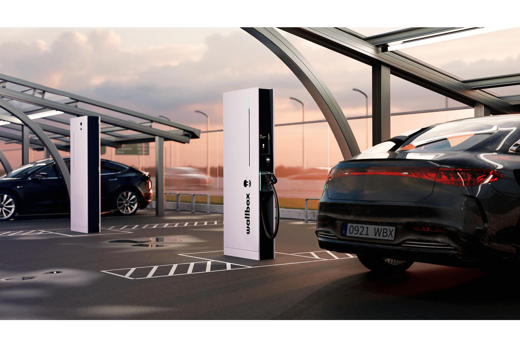 Wallbox presenta el cargador público ultrarrápido Hypernova, que carga completamente un vehículo eléctrico en menos de 15 minutos
