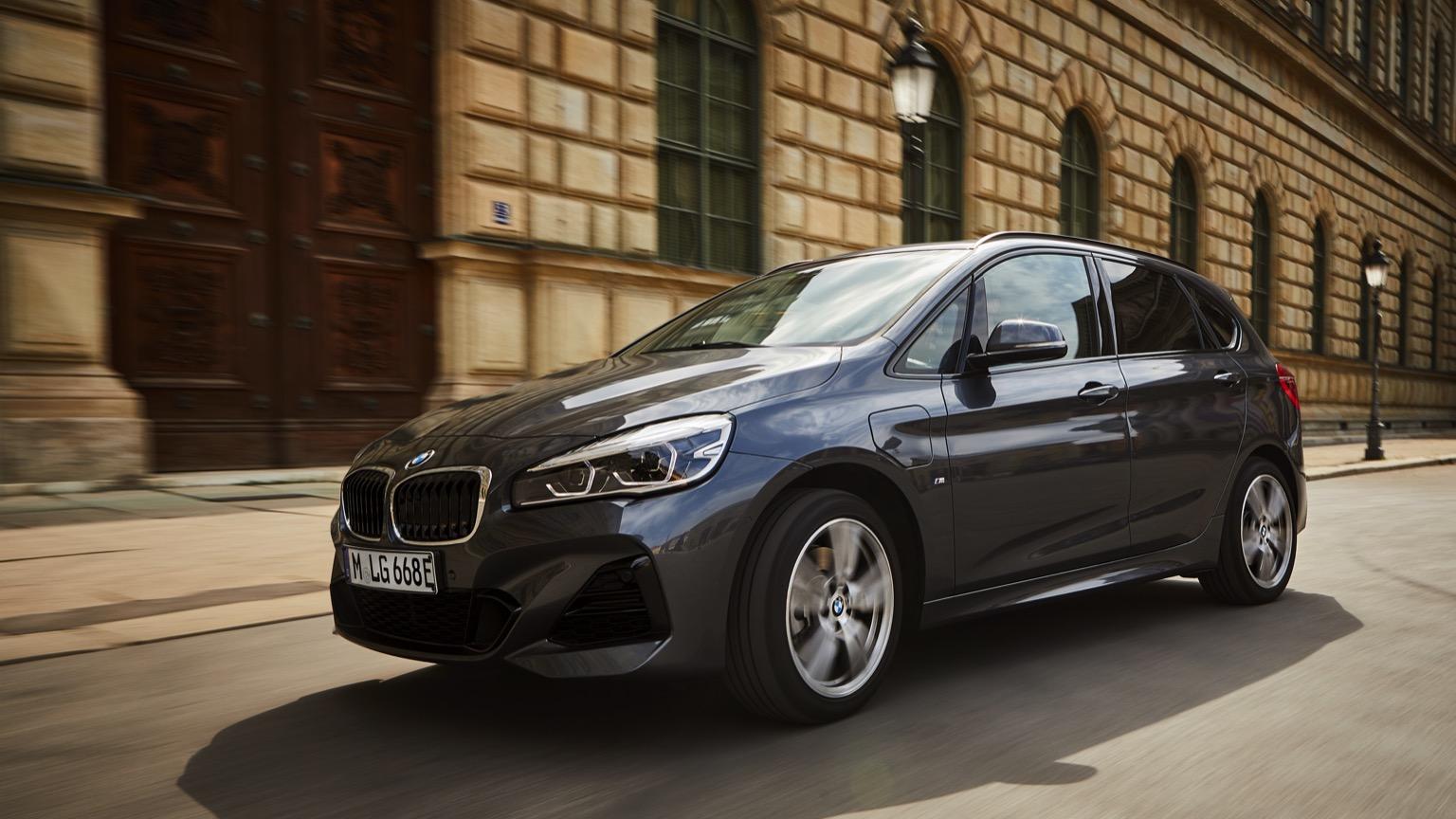 BMW 225xe (2019)