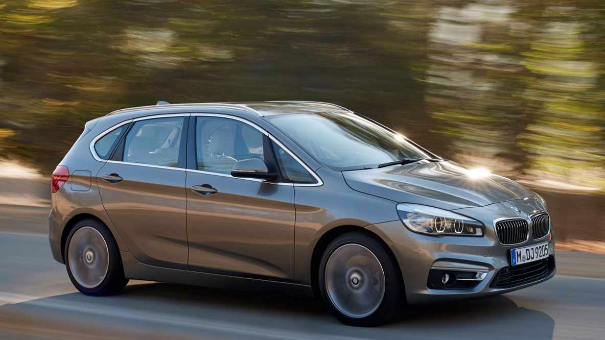 BMW 225xe Active Tourer (2015)