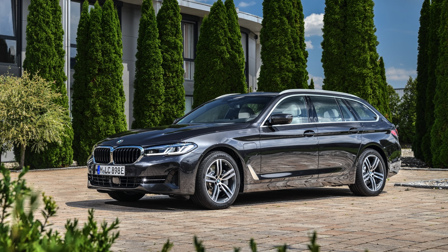 BMW 530e Touring (2020)