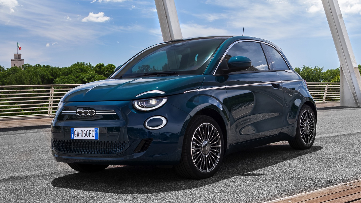 Fiat 500e Hatchback 42 kWh (2020)