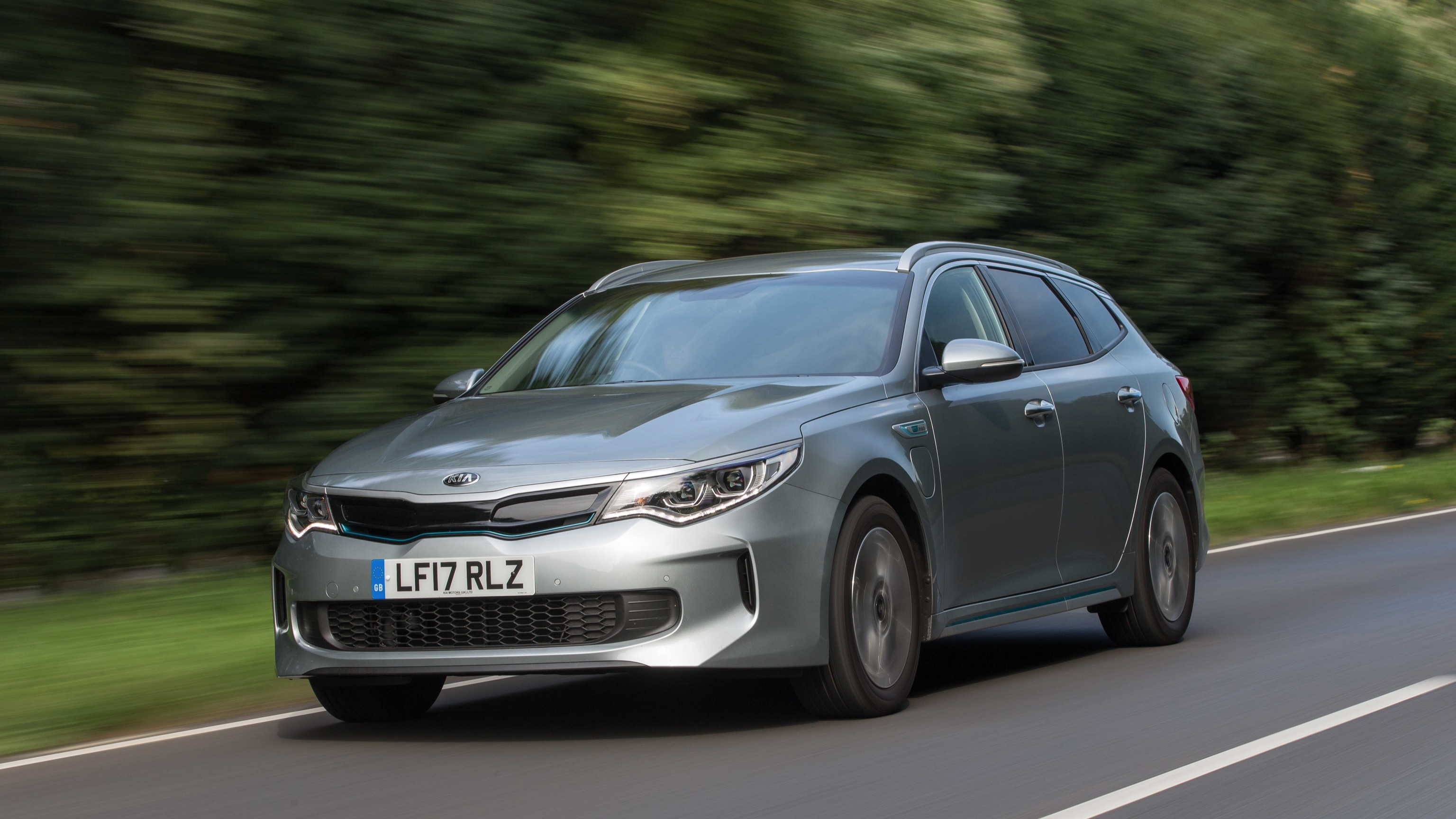 Kia Optima Sportswagon PHEV (2017)