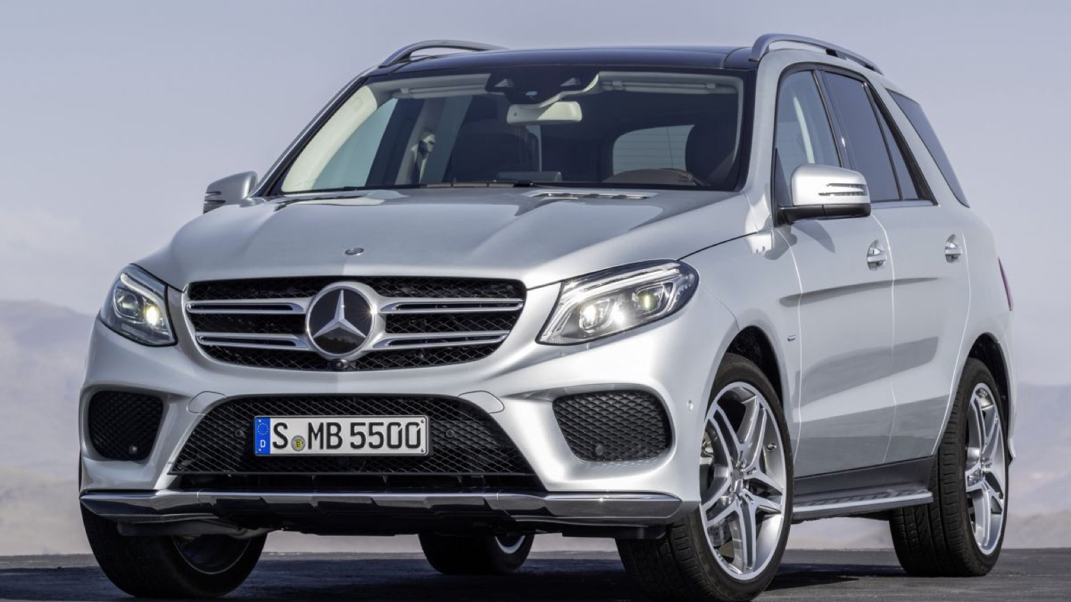 Mercedes GLE 500e Plug-In (2015)