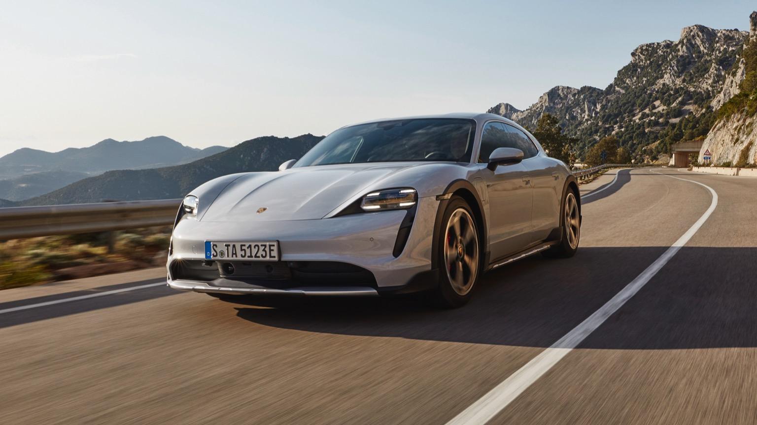 Porsche Taycan 4S Cross Turismo (2021)