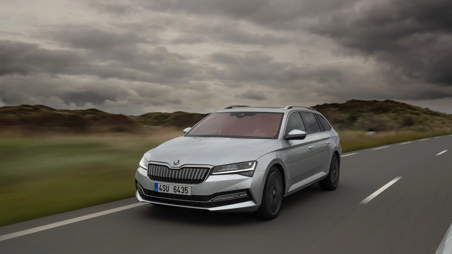 Skoda Superb iV Combi (2020)
