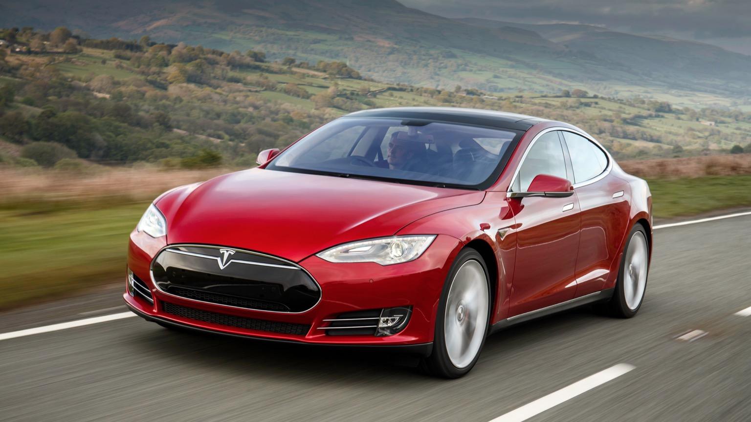Tesla Model S 70 (2015)