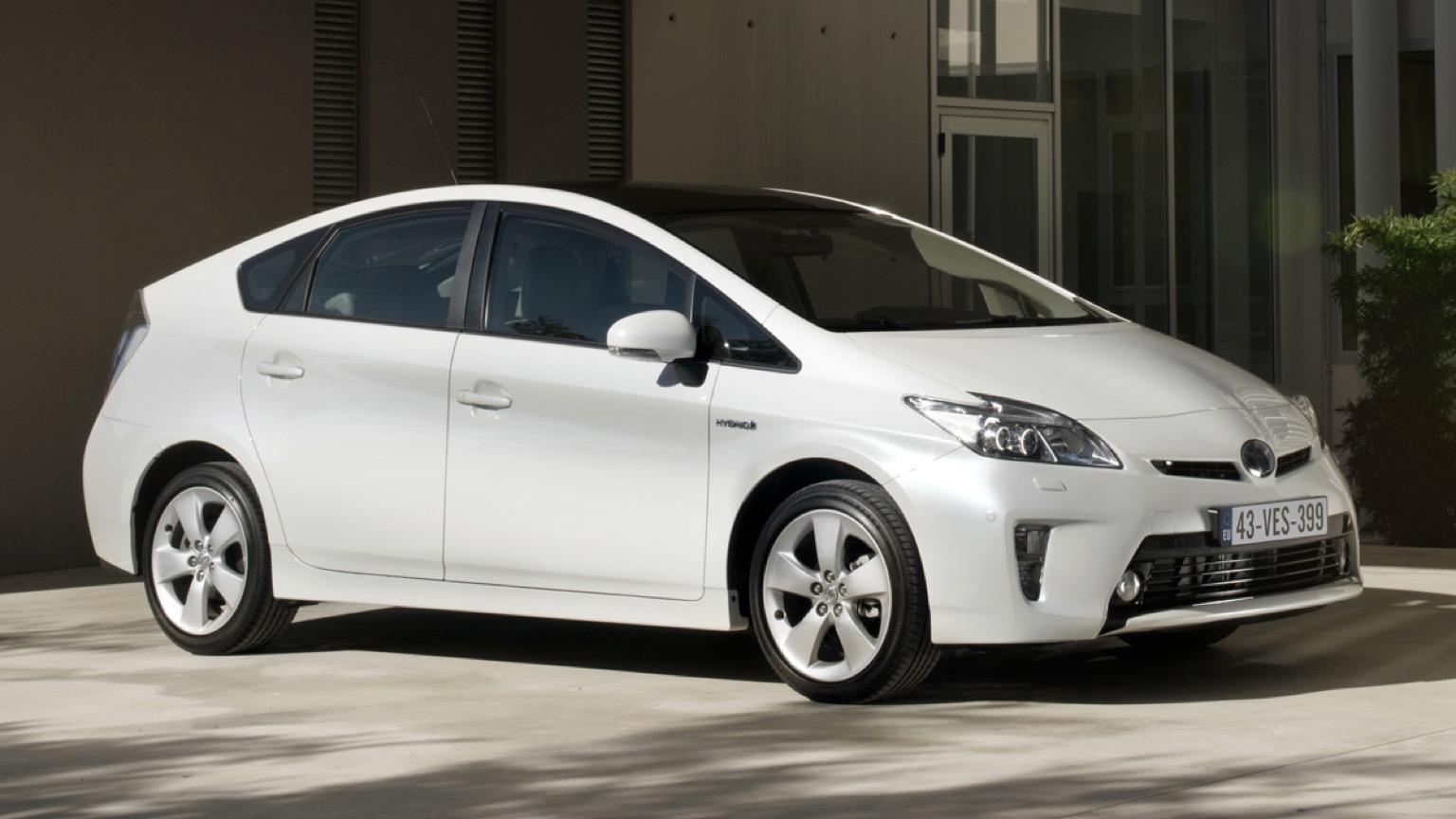 Toyota Prius Plug-In (2012)
