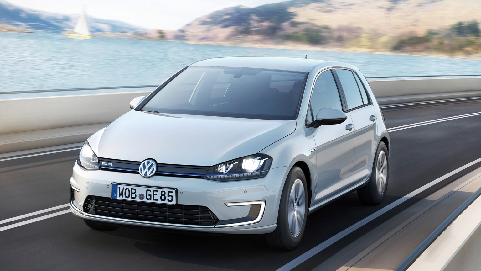 Volkswagen e-Golf (2014)