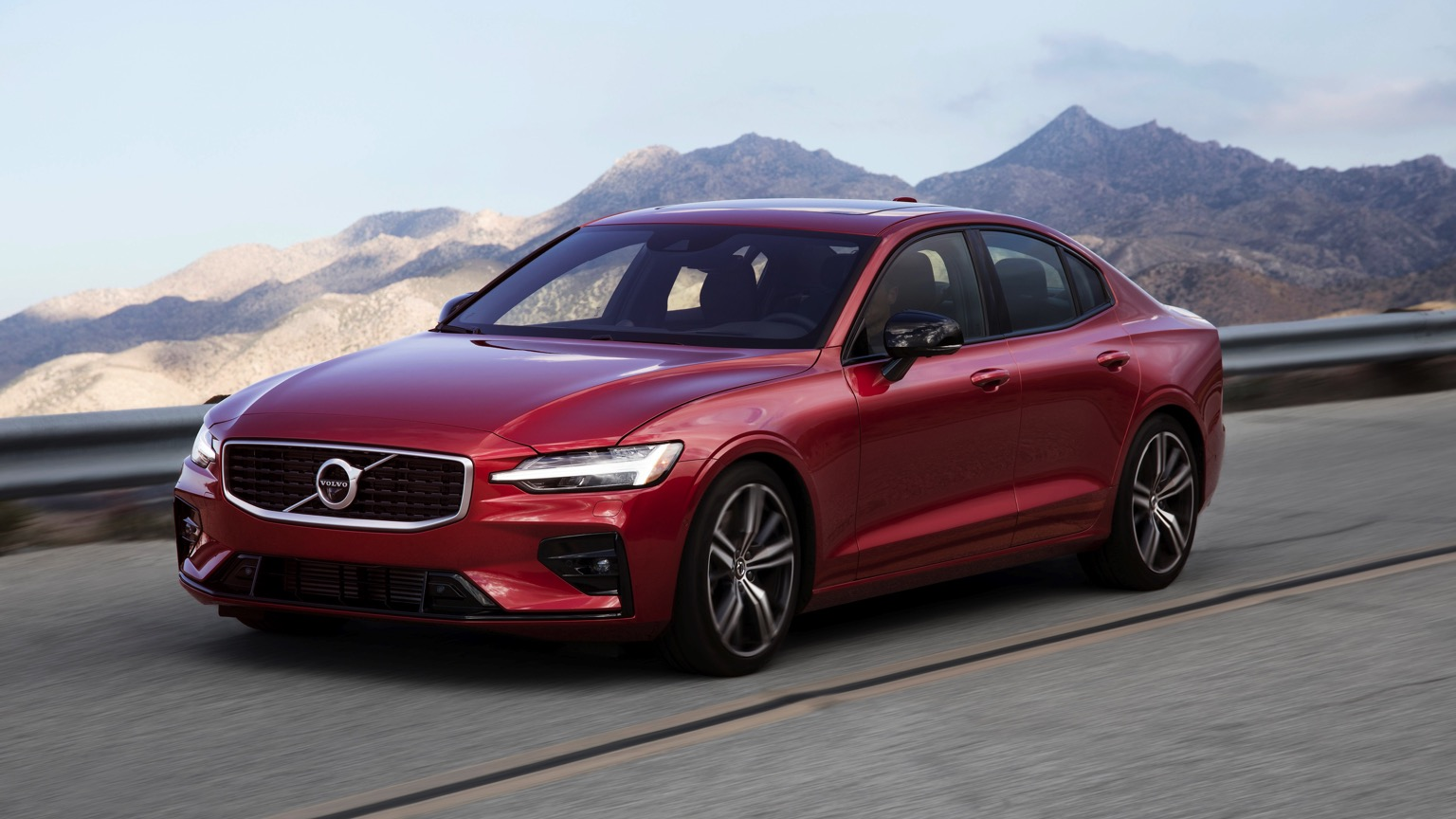 Volvo S60 T8 Twin-Engine (2019)