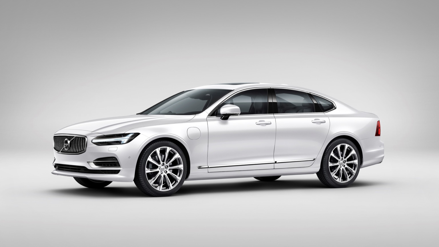 Volvo S90 T8 Twin-Engine (2018)