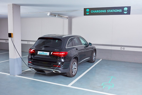 benefits of smart charging for businesses
